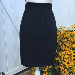 St. John Collection Black Knit Pencil Skirt Size 6